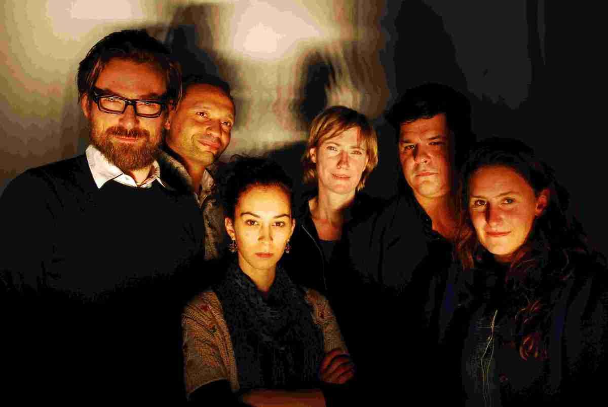 Verre vrienden (Alan Ayckbourn) door 't Arsenaal en Theater Malpertuis